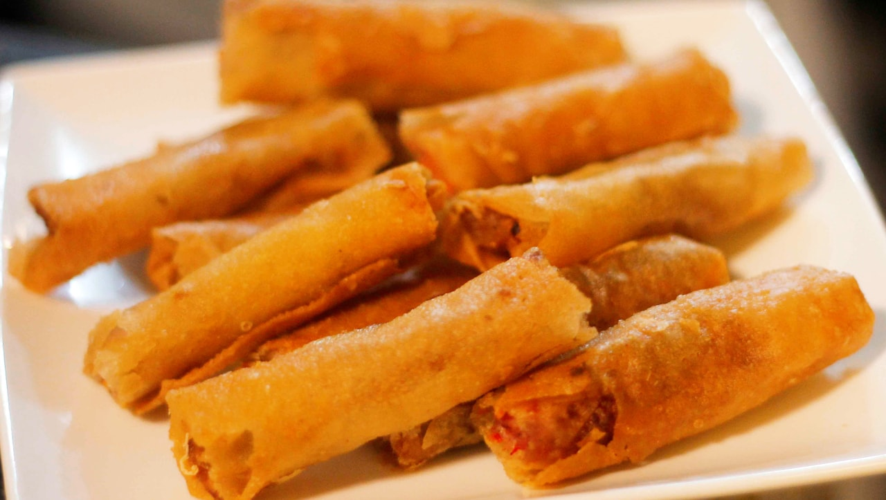 A picture of a mouth-watering lumpiang shanghai